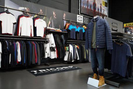Woodfield Workwear Nijmegen kleding zijkant