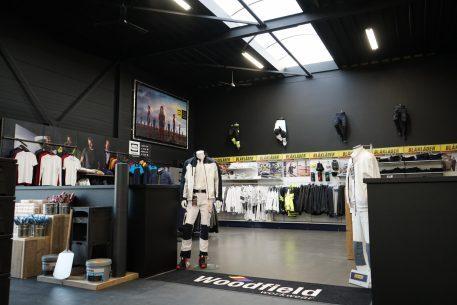 Woodfield Workwear Nijmegen poppen en kleding